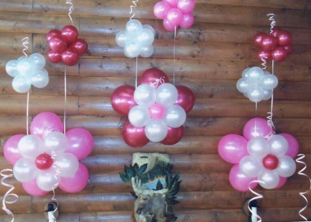 Цветы из шаров на стену своими руками 75